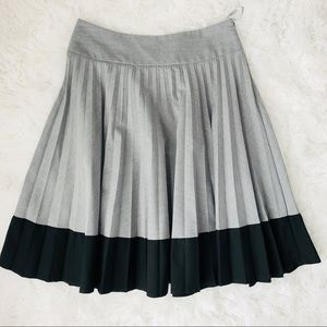 H&M Grey and Black Pleated Circle Skirt Sz 6